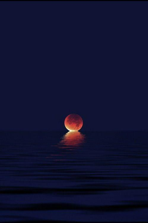 The Moon meeting the sea.