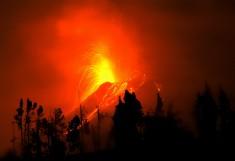 Tungurahua volcano eruption, march 6, 2016