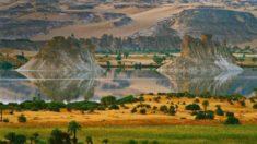 Lake Ounianga, Chad