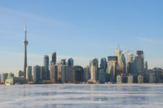 Strong population growth in Canada