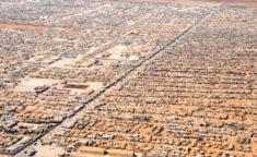 65 millions de déracinés dans le monde • PopulationData.net
