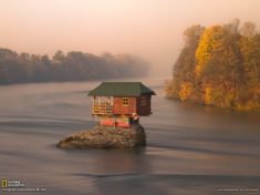 Tiny house in the middle of the Drina River, Serbia