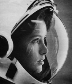 Anna Lee Fisher, american astronaut