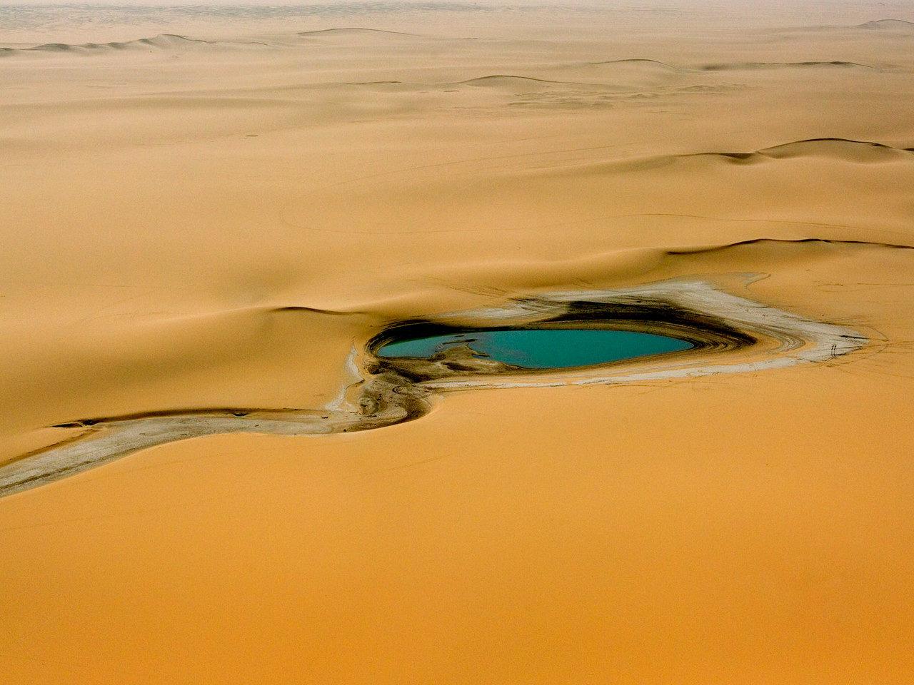 Eaux de pluie dans le désert, Niger