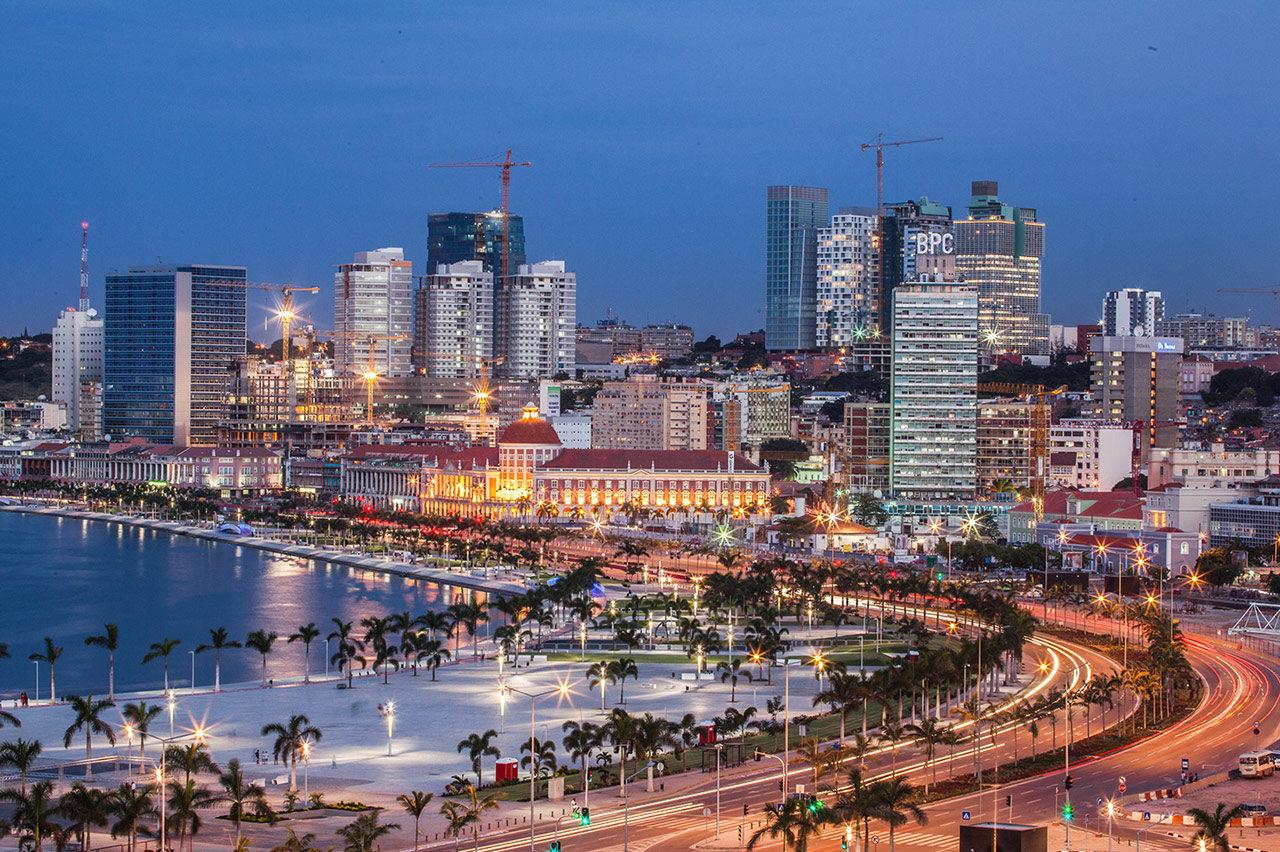 Angola : forte poussée démographique et urbaine • PopulationData.net