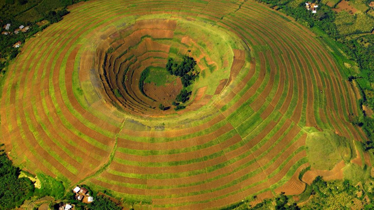 Volcan Sagitwe, près de Kisoro, Ouganda