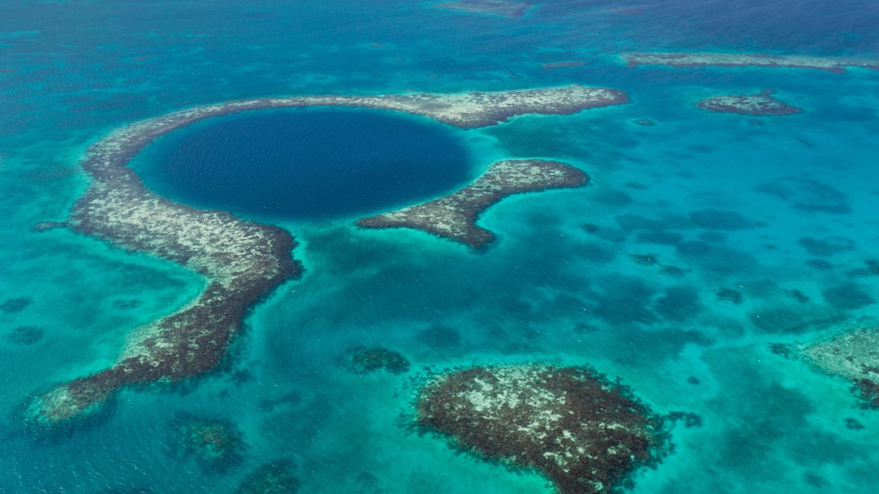 Great Blue Hole, Belize – Most Beautiful Picture of the Day: May 12, 2017 – Most Beautiful Picture