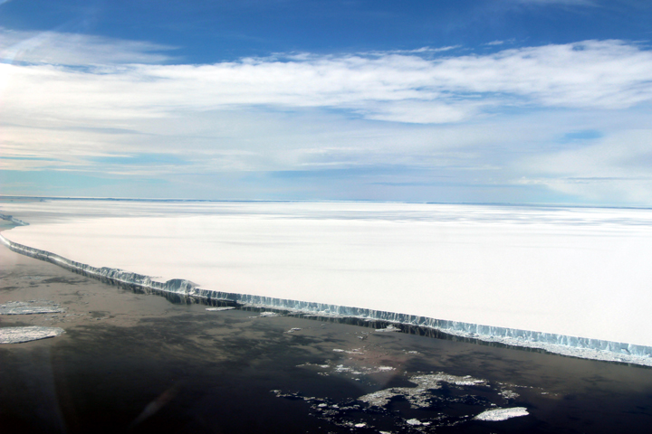 A Birdseye View of Iceberg A-68A : Image of the Day