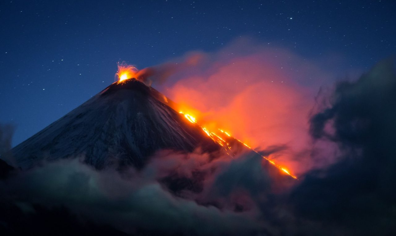 Volcanic eruption by night, Russia – Most Beautiful Picture