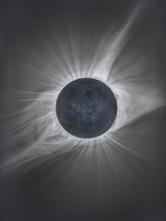 Total Solar Eclipse – Most Beautiful Picture