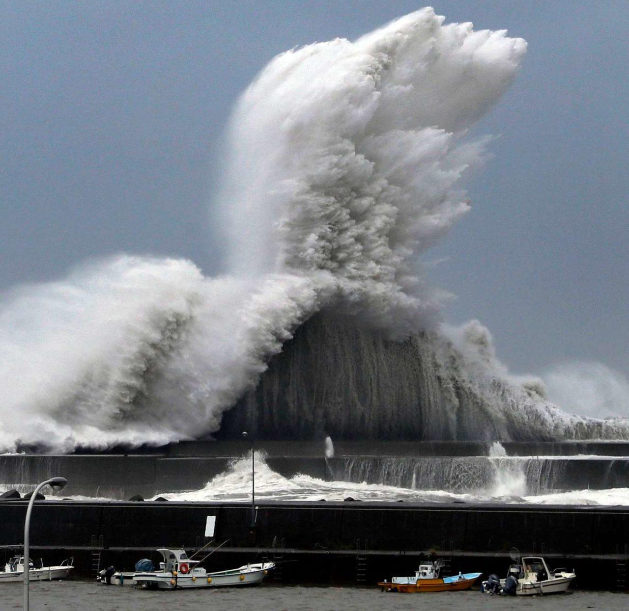 Typhoon Jebi, Japan – Most Beautiful Picture