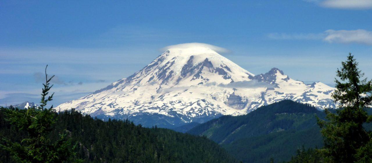 Mount Rainier, Cascade Range, 4,392 m