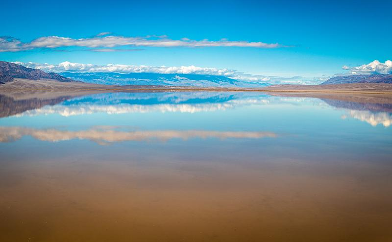 Flooding Creates a 10-Mile-Long Lake in Death Valley