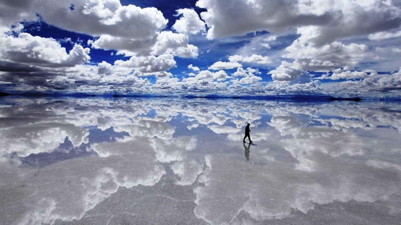 Where the earth meets the sky – Most Beautiful Picture