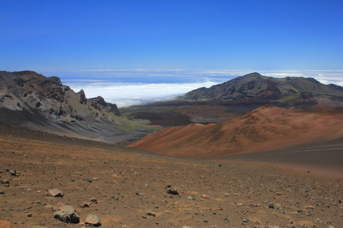Haleakalā Volcano, Maui, Hawaii, 3,055 m | OutdoorMountain