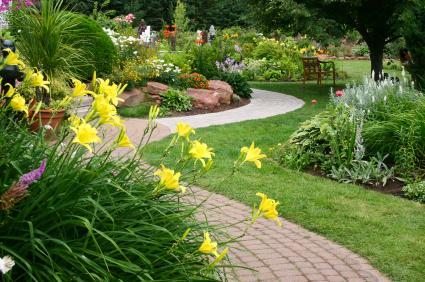Perennial Garden Layout | LoveToKnow