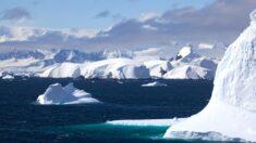 Antarctica landscape in Gerlache Strait